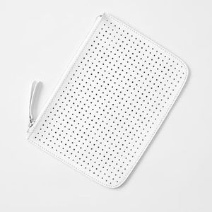 """GAP~White Leather Perforated Clutch Bag~OS (6""""x9"""")"""